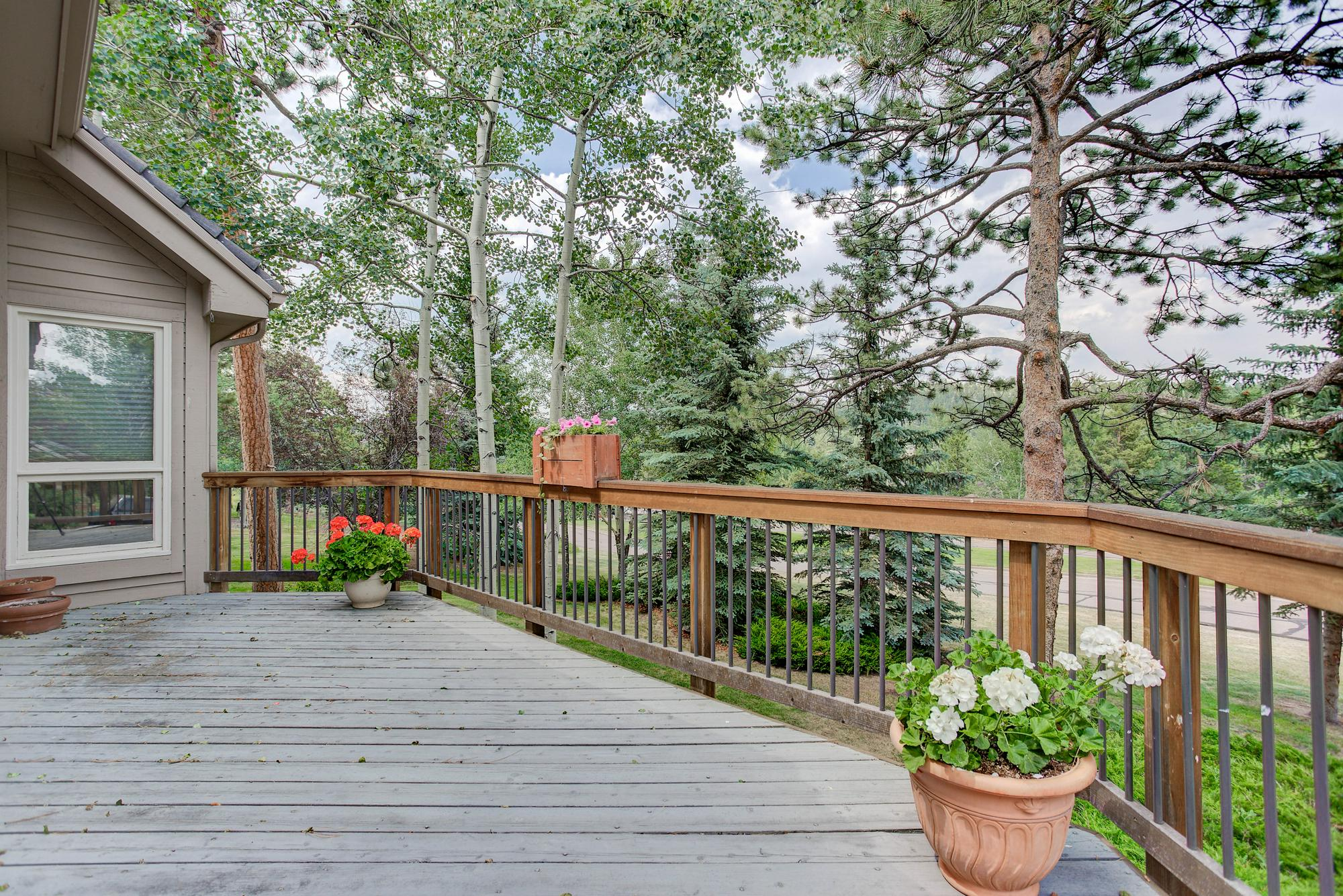 Listassistimage-160432-web_ready-31628%2bgallery%2blane_backdeck-2000x2000
