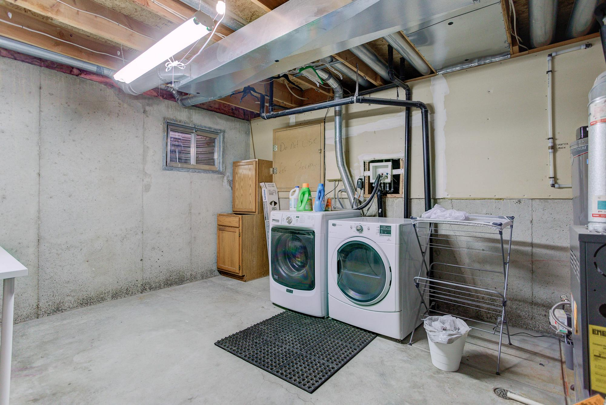 Listassistimage-268523-web_ready-11517%2bdepew%2bway_laundry-2000x2000