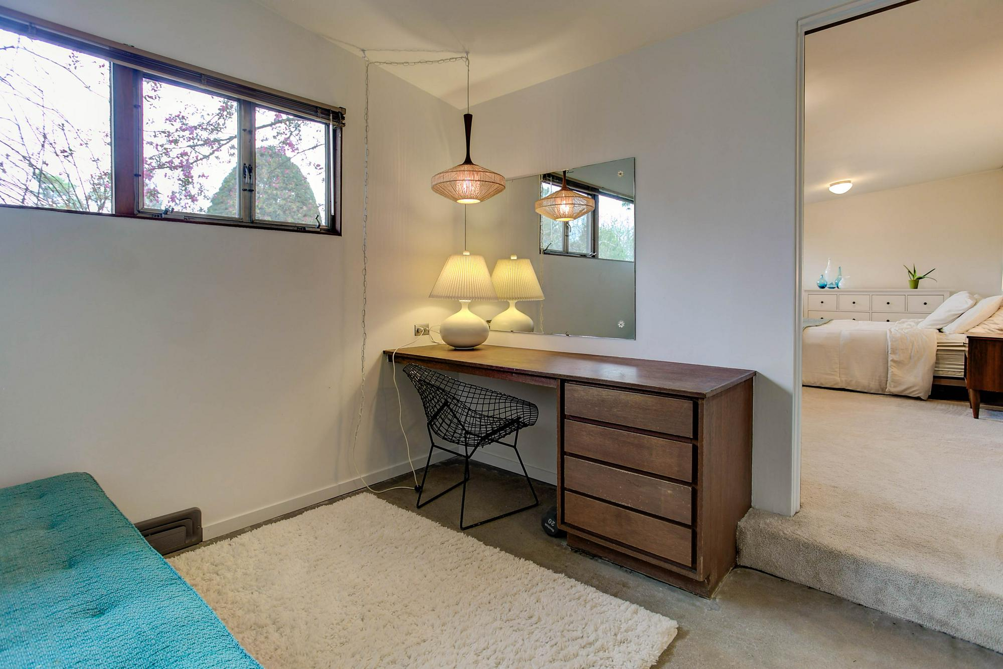 Listassistimage-84043-web_ready-3011%2bsouth%2bfranklin%2bstreet_masterbedrooma-2000x2000